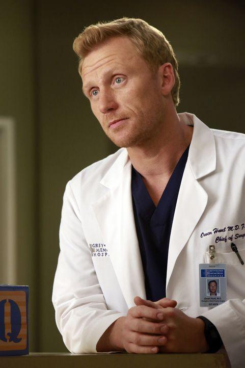 Hat eine schlechte Nachricht für Alex und Jo: Owen (Kevin McKidd) ... - Bildquelle: ABC Studios