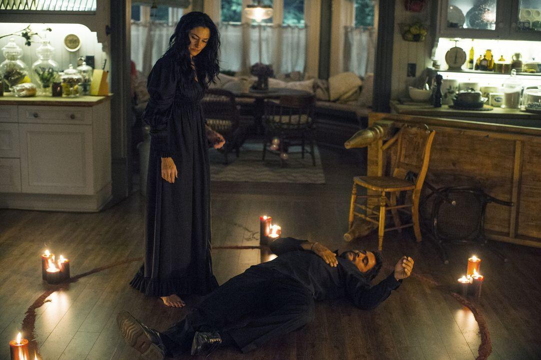 Für Tommy (Ignacio Serricchio, r.) trifft  Wendy (Mädchen Amick, l.) eine folgenschwere Entscheidung ... - Bildquelle: 20th Century Fox International Television