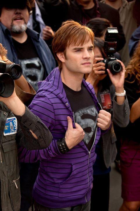 Eigentlich will er den Schatten nur unterstützen, stattdessen sorgt Zan (David Gallagher) nur für Chaos ... - Bildquelle: Warner Bros.