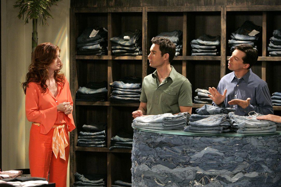 Machen sich gemeinsam auf den Weg, um eine trendy Jeans zu kaufen: Will (Eric McCormack, M.), Grace (Debra Messing, l.) und Jack (Sean Hayes, r.) ... - Bildquelle: Chris Haston NBC Productions