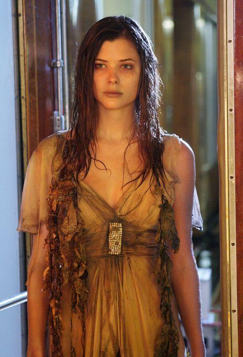 Auf einem Kreuzfahrtschiff treibt der Geist der jungen Lorelei (Peyton List) sein Unwesen ... - Bildquelle: ABC Studios