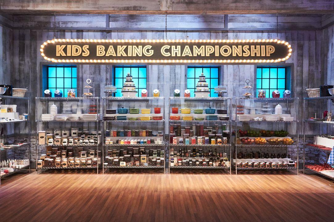 """""""Kids Baking Championship"""" ist für Junior-Backtalente ihre Chance, um sich in Sachen Geschmack, Kreativität und Präsentation vor einer Jury zu behau... - Bildquelle: Adam Rose 2016, Television Food Network, G.P. All Rights Reserved."""