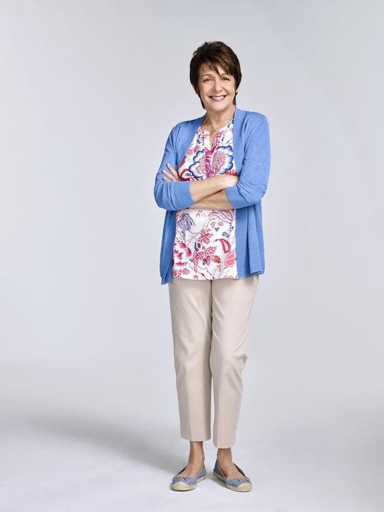 (2. Staffel) - Steht ihrer Enkelin stets mit Rat und Tat zur Seite: Alba (Ivonne Coll) - Bildquelle: 2015 The CW Network, LLC. All rights reserved.