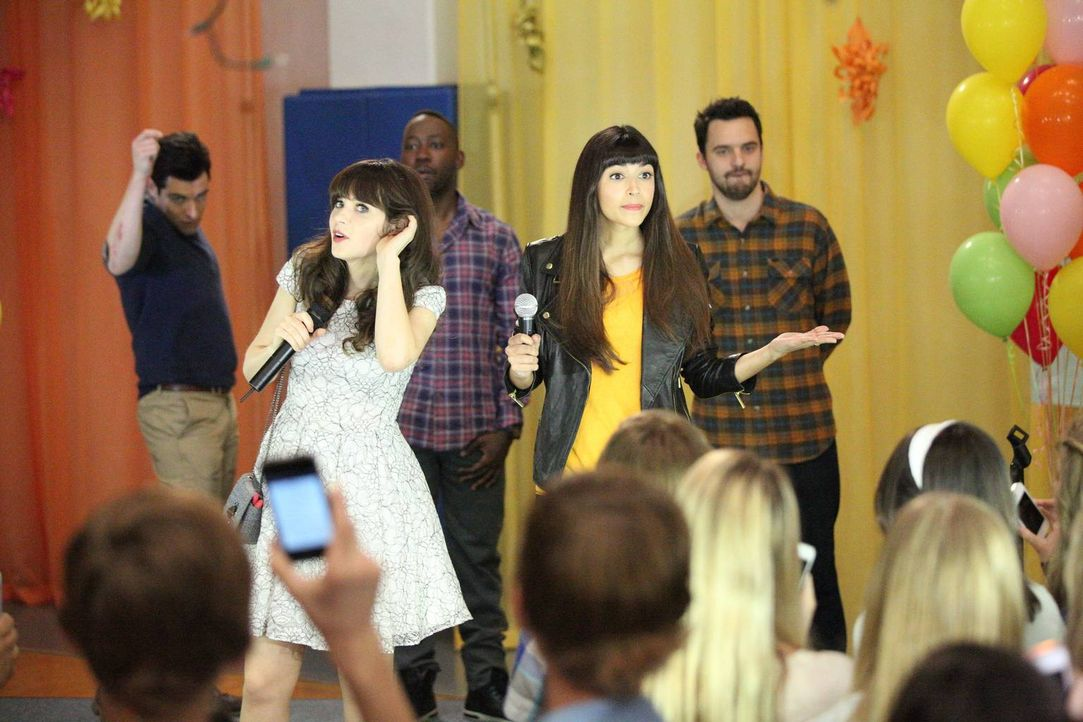 Damit der Tanzball an der Schule ohne Komplikationen verläuft, bittet Jess (Zooey Deschanel, 2.v.l.) ihre Freunde Schmidt (Max Greenfield, l.), Wins... - Bildquelle: 2014 Twentieth Century Fox Film Corporation. All rights reserved.