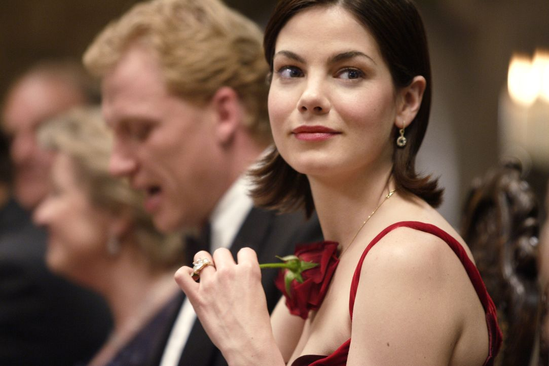 Erst während des Verlobungsessens geht Hannah (Michelle Monaghan) auf, dass ihr Herz schon lange vergeben ist ... - Bildquelle: 2008 Columbia Pictures Industries, Inc. and Beverly Blvd LLC. All Rights Reserved.