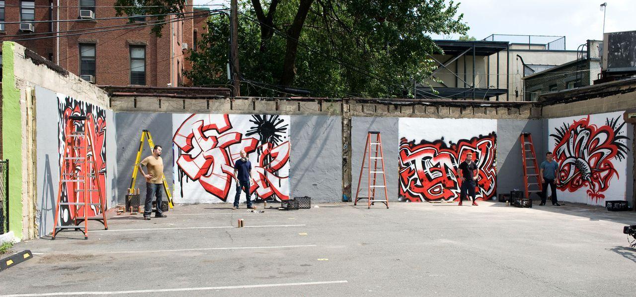 (v.l.n.r.) James Vaughn, Tommy Helm, Josh Woods und Shane O'Neill sollen ihr Können beim Graffiti sprayen unter Beweis stellen. Welches Kunstwerk wi... - Bildquelle: Fernando Leon Spike TV