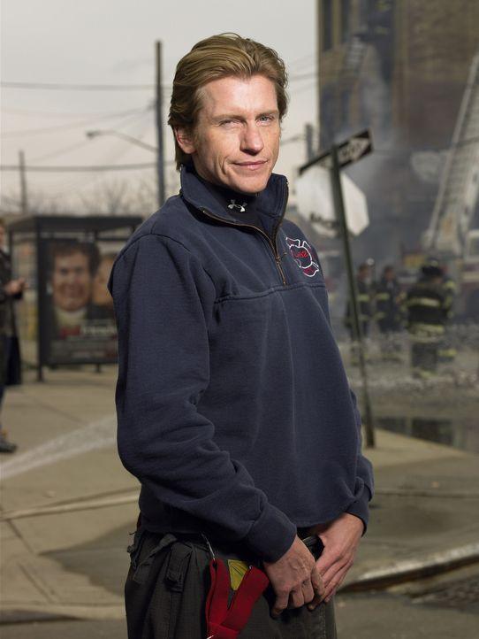 (3. Staffel) - Nach dem tragischen Tod seines Sohnes brechen ganz, ganz harte Zeiten für Tommy (Denis Leary) an ... - Bildquelle: SONY 2006 CPT Holdings, Inc. All Rights Reserved.