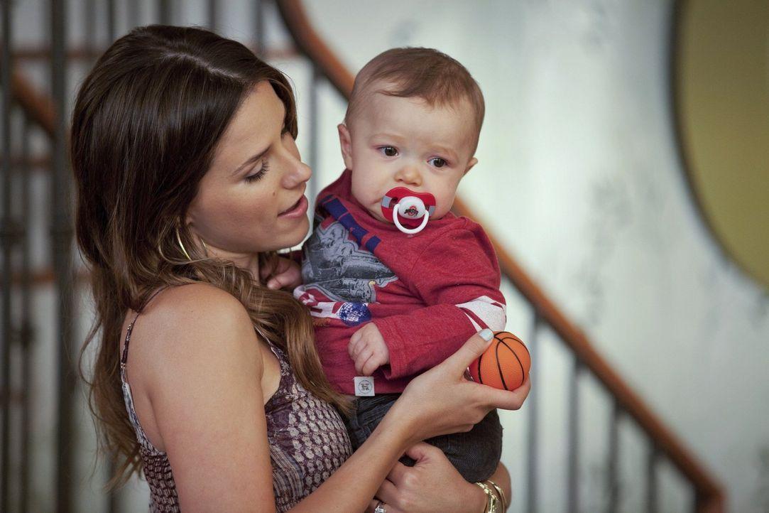 Eigentlich war Brooke (Sophia Bush, l.) gerade glücklich. Doch plötzlich muss sie wieder um ihr eigenes und um das Leben ihrer Familie fürchten ... - Bildquelle: Warner Bros. Pictures