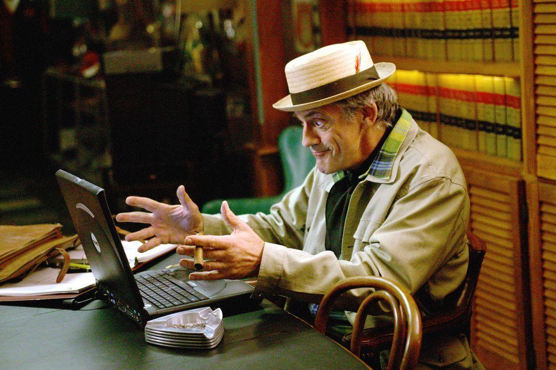 Sorgt für Sensation: Schuhverkäufer Burt Kiffle (Christopher Lloyd) ... - Bildquelle: Paramount