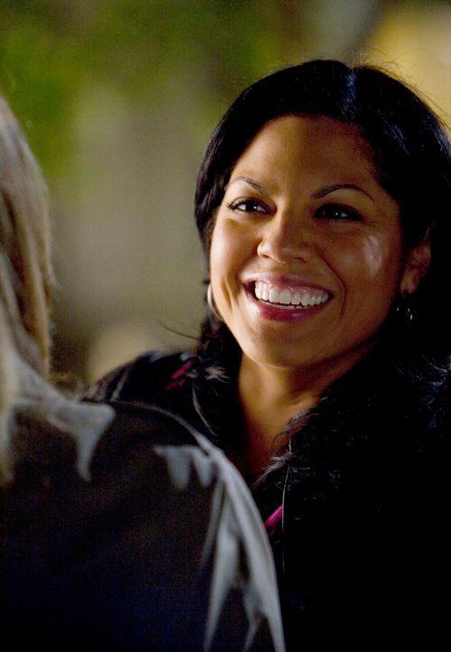 Freut sich, als plötzlich Erica Hahn vor ihr steht: Callie (Sara Ramirez) ... - Bildquelle: Touchstone Television