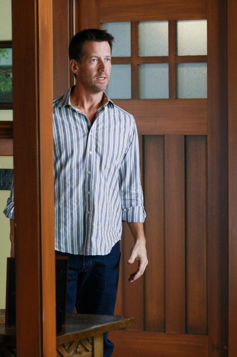 Mike (James Denton) macht eine schreckliche Entdeckung ... - Bildquelle: ABC Studios