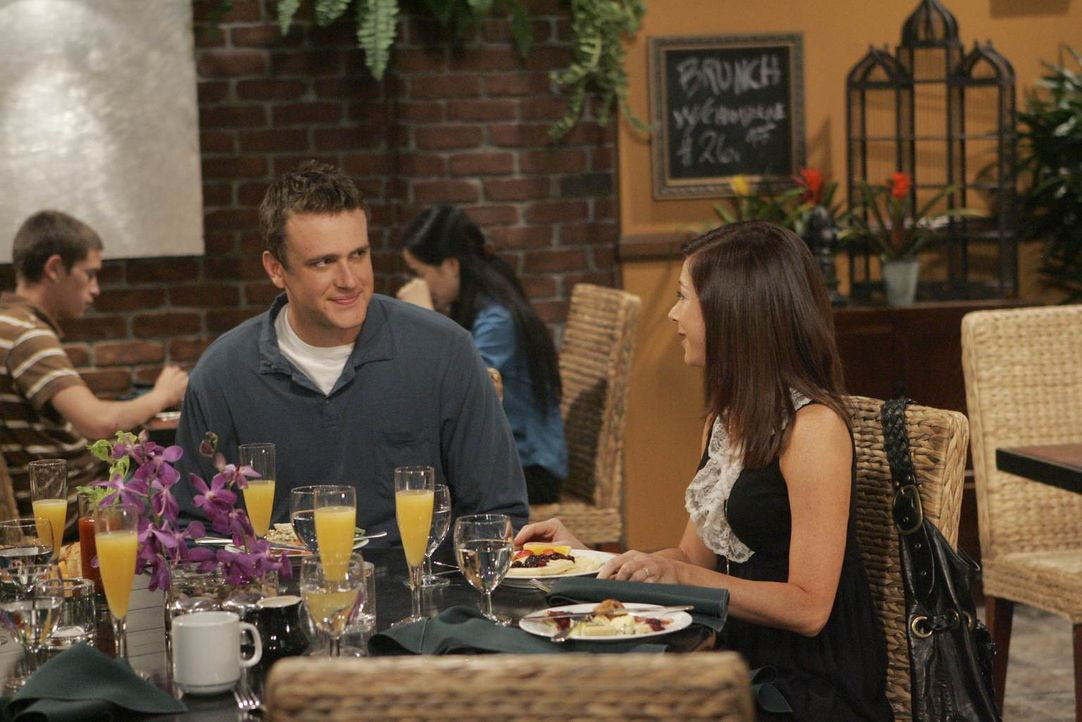 Marshall (Jason Segel, l.) und Lily (Alyson Hannigan, r.) stecken nach ihrer Trennung noch voll in einem Loslösungsprozess. Immer wieder streiten si... - Bildquelle: Monty Brinton 20th Century Fox International Television