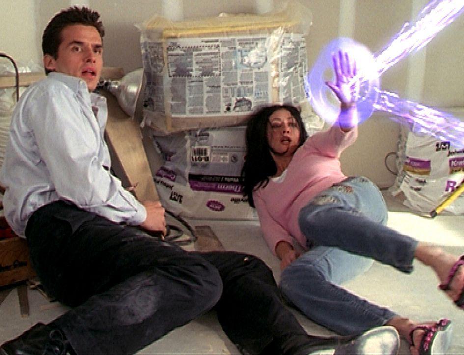 Bane (Antonio Sabàto Jr.) hat Prue (Shannen Doherty) entführt, da er sich vor einem mächtigen Dämon fürchtet und ihre Hilfe braucht. Doch dadur... - Bildquelle: Paramount Pictures
