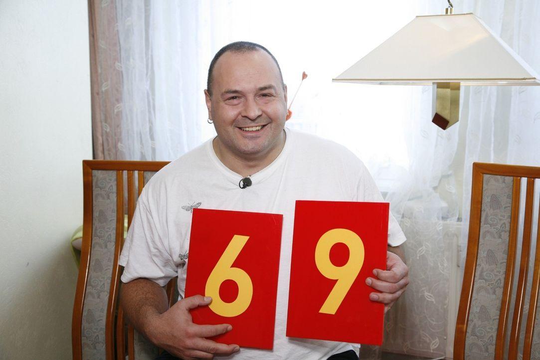 Frank bewertet die Auswahl ... - Bildquelle: Monika Schürle Sat.1