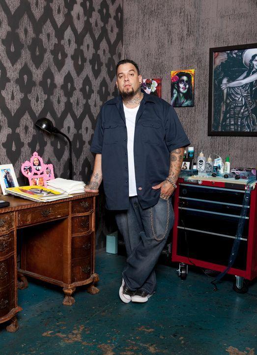 """Hinter """"Tattoo-Sünden"""" stecken meistens interessante Stories, die selbst den erfahrenen Tätowierer Big Gus noch überraschen ... - Bildquelle: 2012 Spike Cable Networks Inc. All Rights Reserved."""