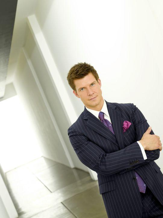 (2. Staffel) - Steckt in großen finanziellen Schwierigkeiten: Daniel Meade (Eric Mabius) ... - Bildquelle: Buena Vista International Television