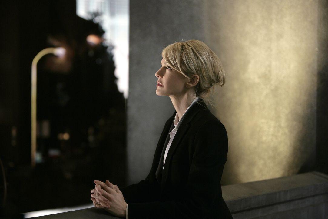 Der neue Fall, an dem Lilly Rush (Kathryn Morris) arbeitet, stimmt sie nachdenklich ... - Bildquelle: Warner Bros. Television