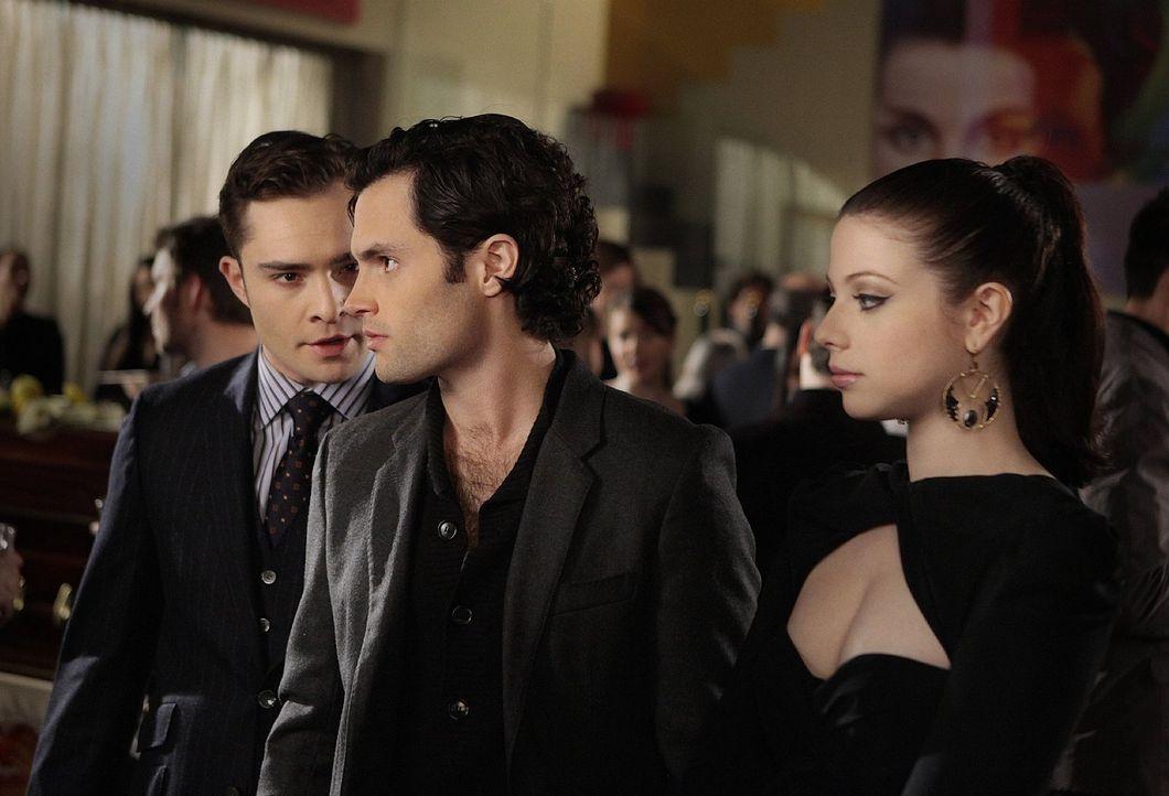 Chuck (Ed Westwick, l.) und Georgina (Michelle Trachtenberg, r.) werden zu Partnern in einer Intrige mit unerwartetem Ausgang. Doch was hat Dan (Pen... - Bildquelle: Warner Bros. Television