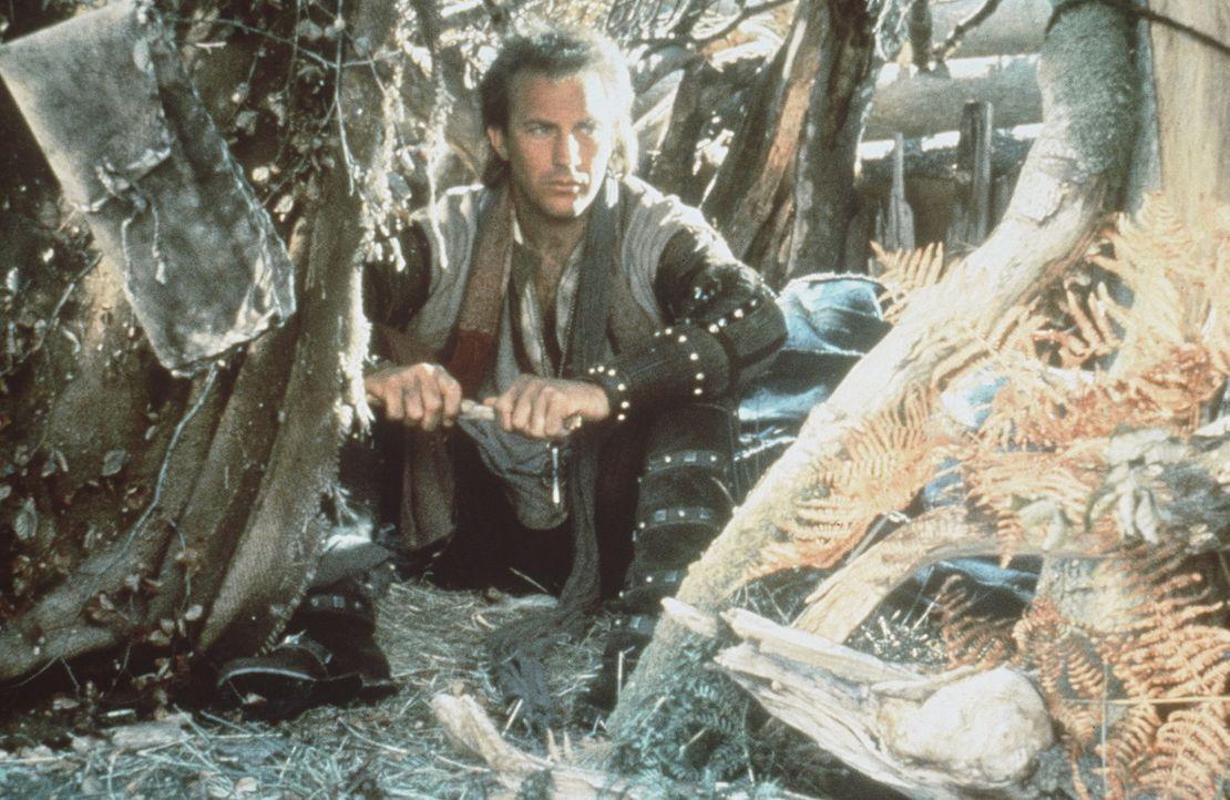 Robin von Locksley (Kevin Costner) grübelt, wie er den tyrannischen Sheriff von Nottingham beseitigen kann ... - Bildquelle: WARNER BROS.