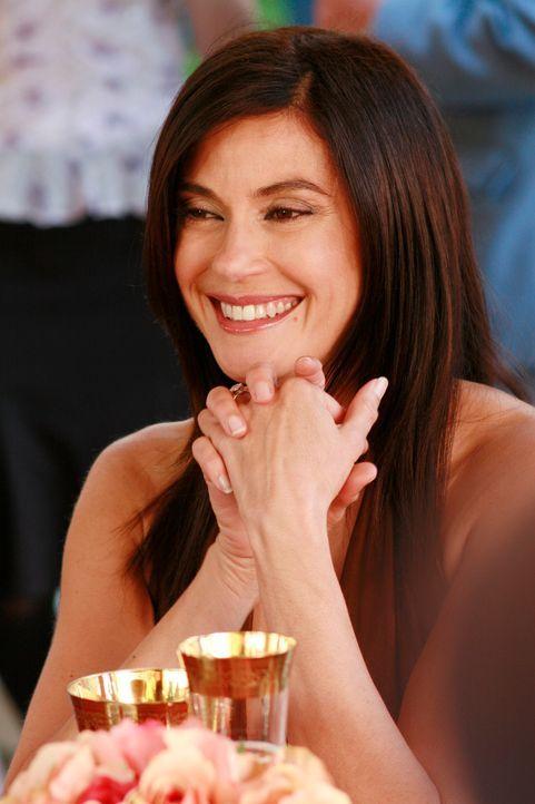 Hat eine Idee, wie sie Mike ihre Liebe beweisen kann: Susan (Teri Hatcher) ... - Bildquelle: 2005 Touchstone Television  All Rights Reserved