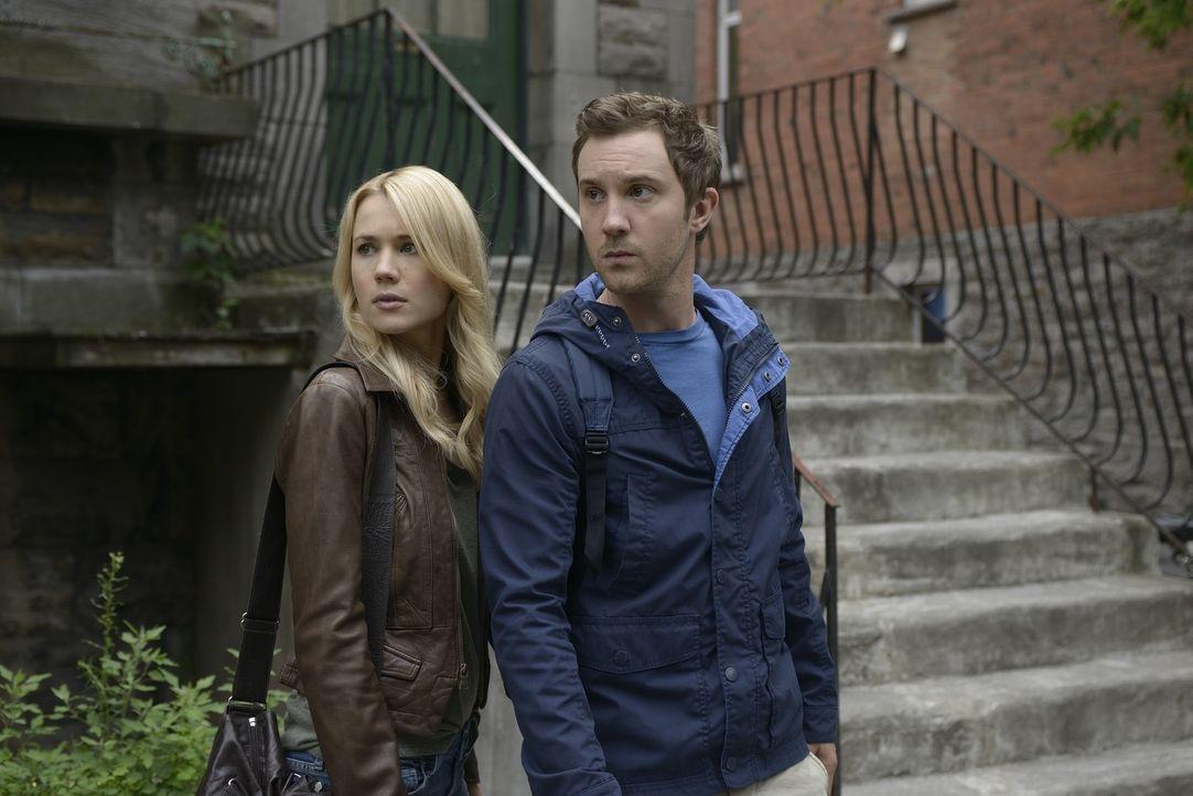 Liam möchte Aiden töten und dafür Nora (Kristen Hager, l.) und Josh (Sam Huntington, r.) gegen ihn aufhetzen ... - Bildquelle: Phillipe Bosse 2013 B.H. 2 Productions (Muse) Inc. ALL RIGHTS RESERVED.