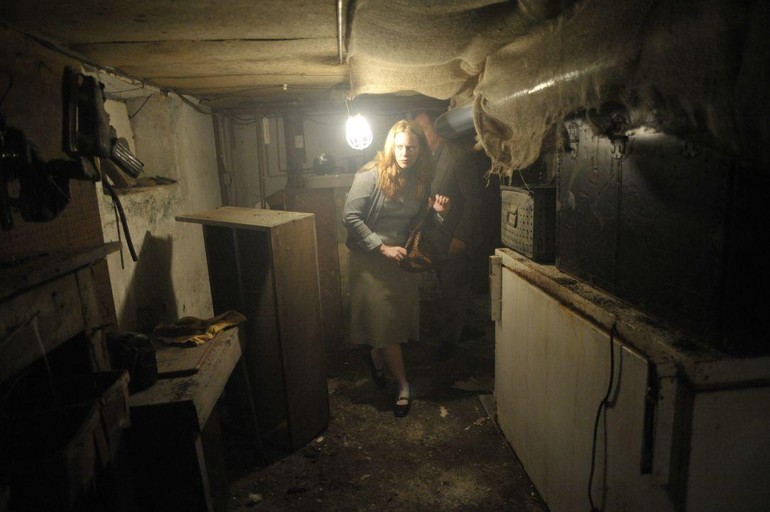 Die Geister der Verstorbenen, Dämonen, UFOs - gibt es diese Dinge wirklich? - Bildquelle: SYFY MEDIA PRODUCTION LLC 2011.  ALL RIGHTS RESERVED.