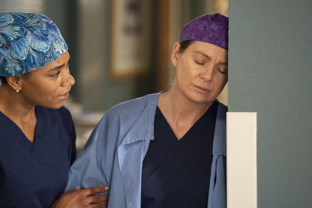 Dr. Maggie Pierce (Kelly McCreary, l.); Dr. Meredith Grey (Ellen Pompeo, r.) - Bildquelle: Mitch Haaseth ABC Studios / Mitch Haaseth