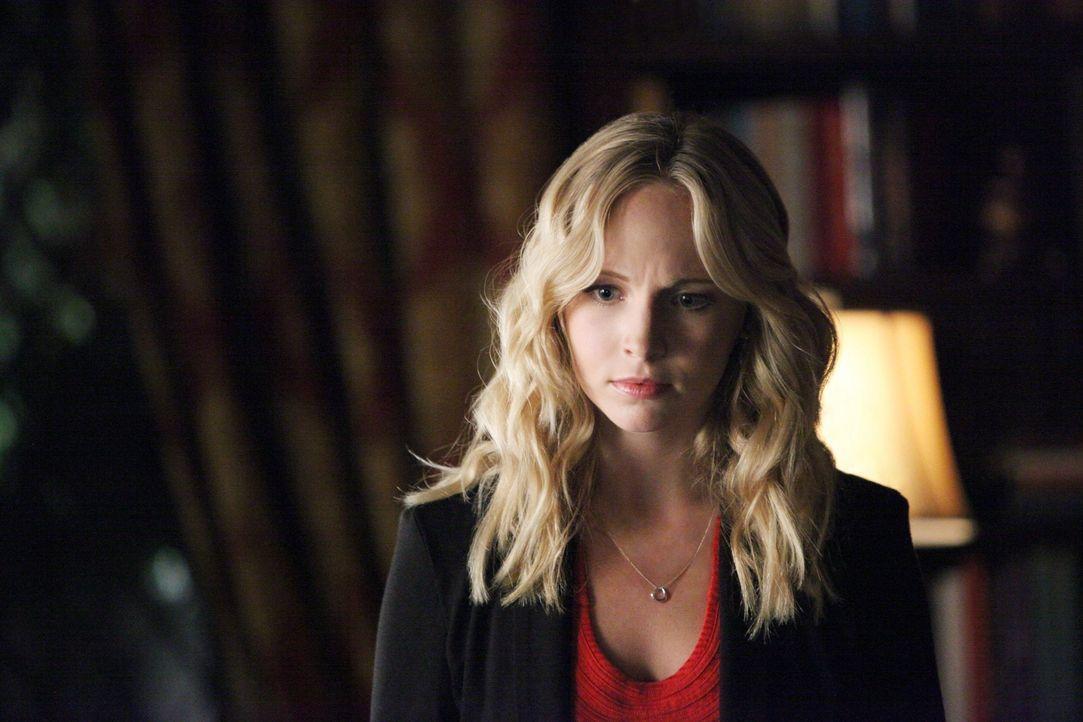 Das Leben wirft Caroline (Candice Accola) immer wieder Steine in den Weg ... - Bildquelle: Warner Brothers