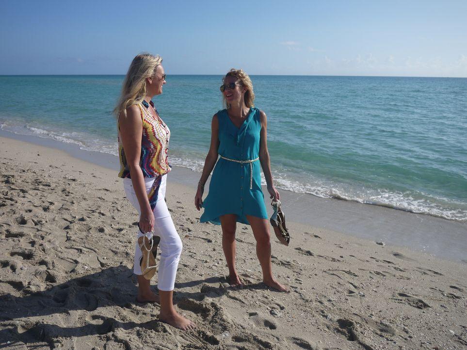 Tania (r.) hat schon überall auf der Welt gelebt, jetzt hat sie der Beruf nach Miami verschlagen und sie sucht nach der perfekten Immobilie, die ihr... - Bildquelle: 2014, HGTV/Scripps Networks, LLC. All Rights Reserved.