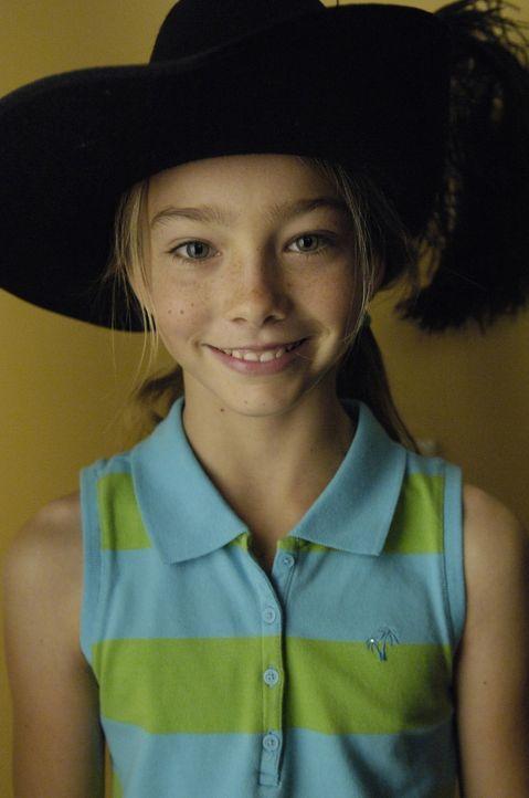 Ahnt noch nichts von der Krankheit ihres kleinen Bruders: Annie (Kelsey Lynn Batelaan) ... - Bildquelle: TM and   2004 Warner Bros. Entertainment Inc. All Rights Reserved.