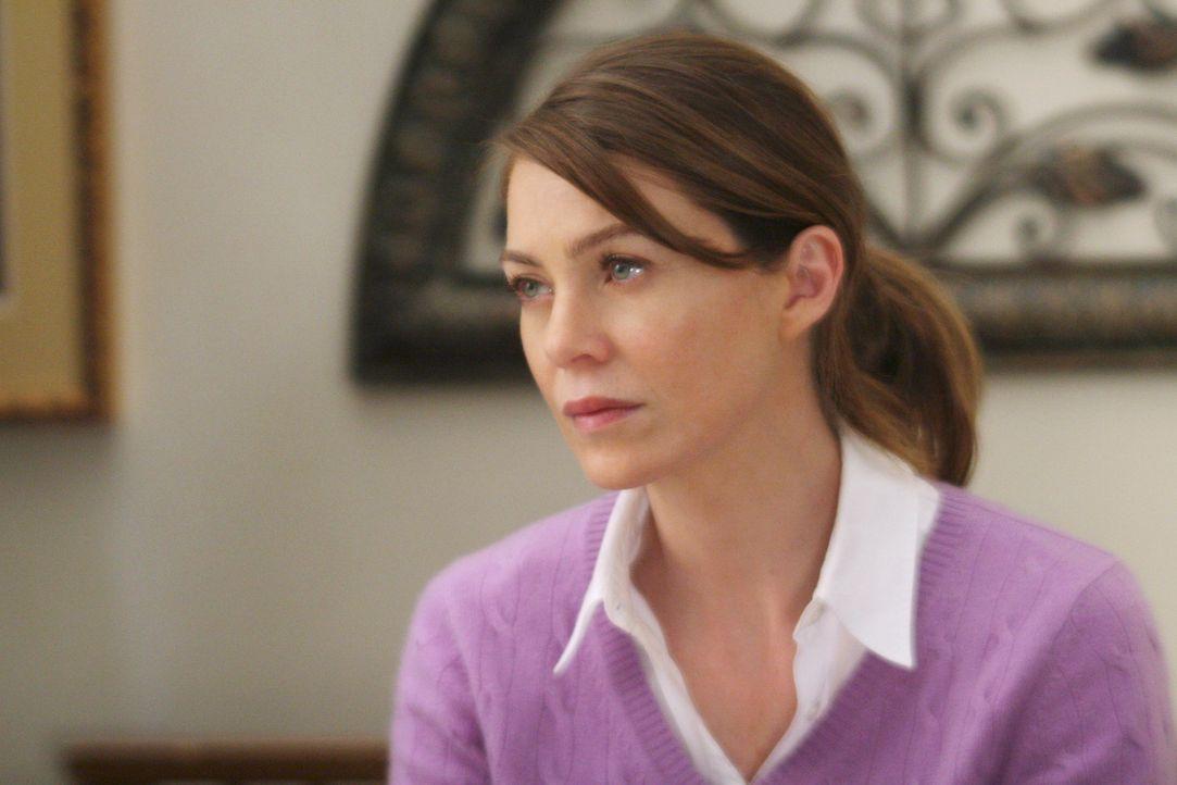 Als Meredith (Ellen Pompeo) ihre Mutter aufklärt, was in der Zwischenzeit geschehen ist, erleidet sie beinahe einen Herzinfarkt und wird ins Seattl... - Bildquelle: Touchstone Television