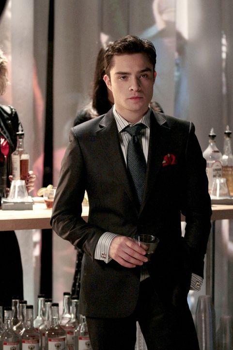Chuck (Ed Westwick) versucht, mit allen Mitteln dafür zu sorgen, dass Blair keinen anderen Kerl findet. - Bildquelle: Warner Brothers