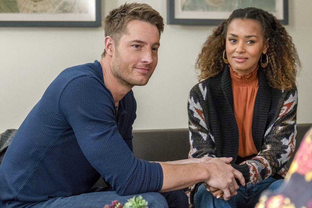 Kevin Pearson (Justin Hartley, l.); Zoe (Melanie Liburd, r.) - Bildquelle: Ron Batzdorff 2018 NBCUniversal Media, LLC