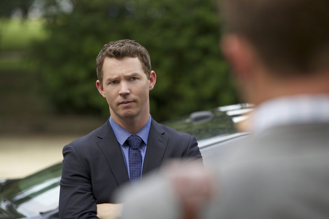Was hat Terry McCandless (Shawn Hatosy) mit dem Sex-Video zu tun, das von Lee Anne Marcus im Charleston Police Department kursierte und zu ihrer Ent... - Bildquelle: 2013 CBS BROADCASTING INC. ALL RIGHTS RESERVED.