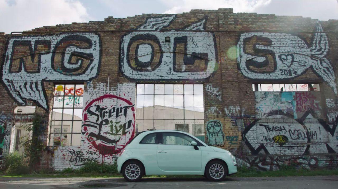 Der neue Fiat 500 wird zum kleinen TV-Studio Deutschlands ... - Bildquelle: Sixx