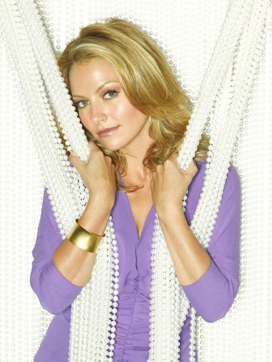 (2. Staffel) - Amanda (Becki Newton) weiß endlich, wer ihre richtige Mutter ist. Aber wer ist ihr Vater? - Bildquelle: Buena Vista International Television