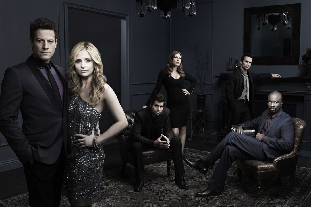 Der Cast zu Ringer Staffel 1 - Bildquelle: 2011 THE CW NETWORK, LLC. ALL RIGHTS RESERVED
