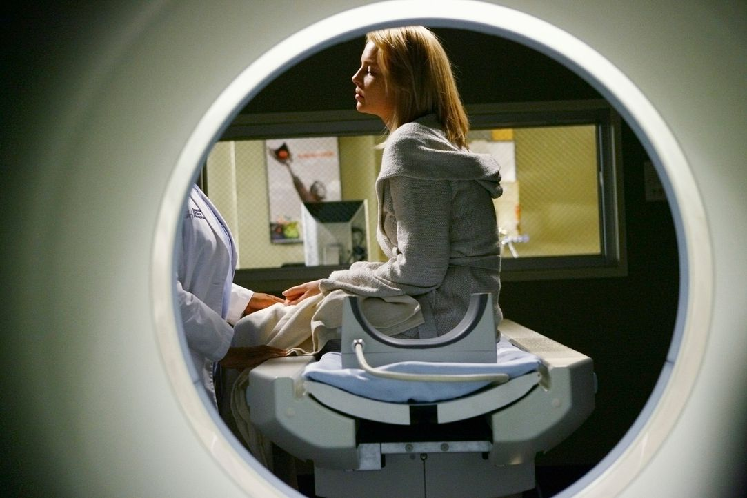Es steht nicht gut um Izzie (Katherine Heigl). Wird sie ihren Tumor besiegen können? - Bildquelle: Touchstone Television