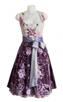 Die traditionelle Hochzeit - Astrid Soell - Bildquelle: dresscoded.com