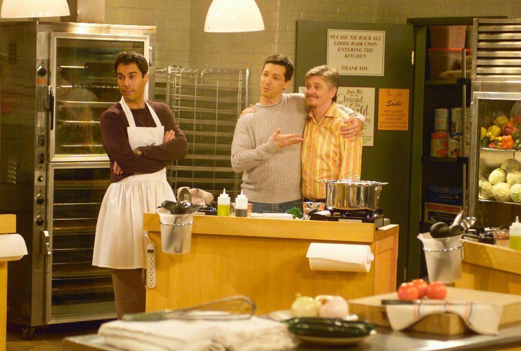 Als Jack (Sean Hayes, M.) erfährt, dass sich Will (Eric McCormack, l.) und Larry bei einem Kochkurs angemeldet haben, will er unbedingt mitmachen. Z... - Bildquelle: NBC Productions