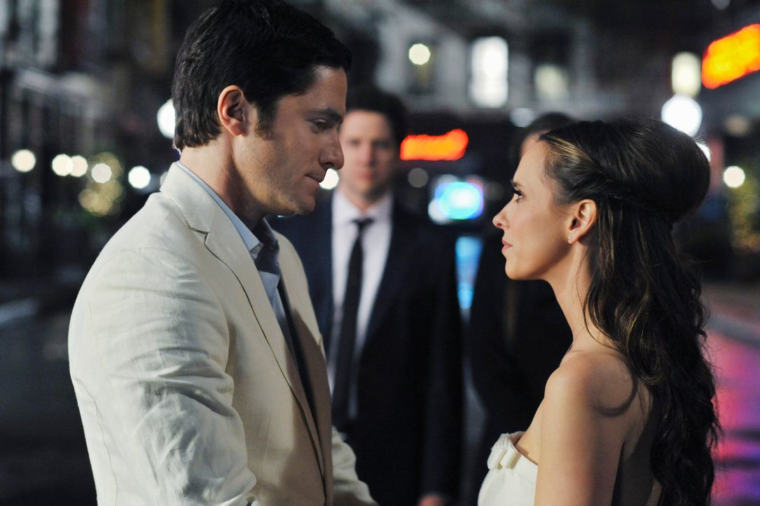 Geben sich erneut das Ja-Wort: Jim (David Conrad, l.) und Melinda (Jennifer Love Hewitt, r.) - Bildquelle: ABC Studios