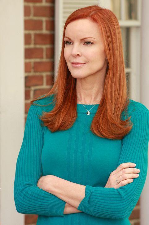 Nachdem sie den Kuss zwischen Orson und Edie beobachtet hat, konfrontiert Bree (Marcia Cross) damit ihre Nachbarin. Daraufhin kommt es zu einem hand... - Bildquelle: ABC Studios