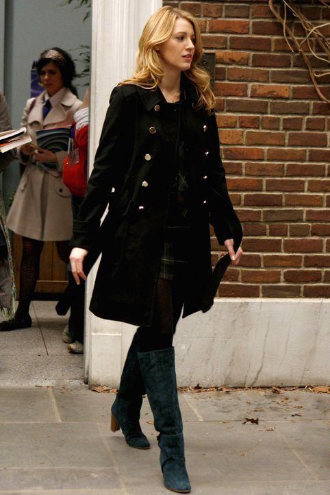 Noch weiß Serena (Blake Lively) nicht Bescheid, dass sie und Dan einen gemeinsamen Bruder haben ... - Bildquelle: Warner Brothers