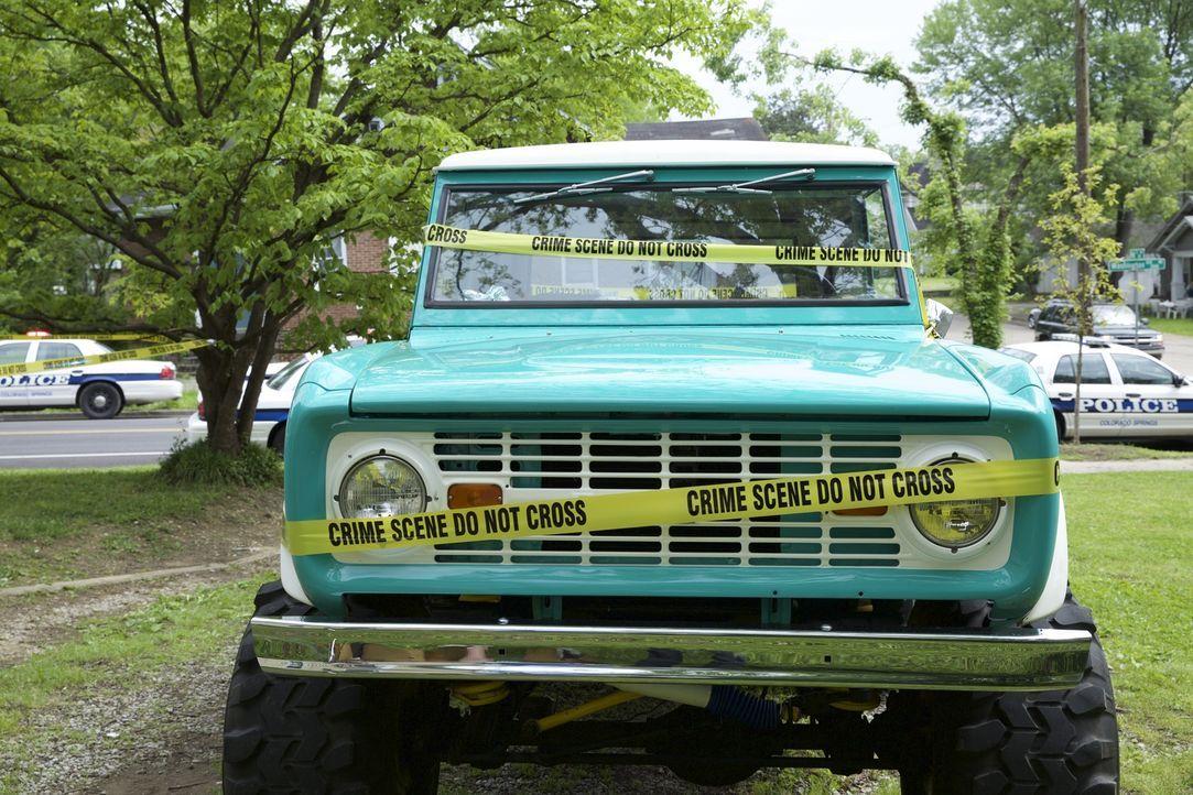 Kann der türkisfarbende Pick-Up-Truck den Ermittlern um Lieutenant Joe Kenda den entscheidenden Hinweis geben, wer die 37-jährige Mary Moebus kaltbl... - Bildquelle: Jupiter Entertainment.