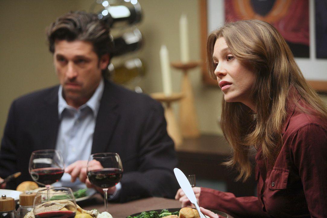 Meredith (Ellen Pompeo, r.) und Derek (Patrick Dempsey, l.) sind in einer peinlichen Lage, denn Burke hat sie zum Essen eingeladen, während Cristin... - Bildquelle: Touchstone Television