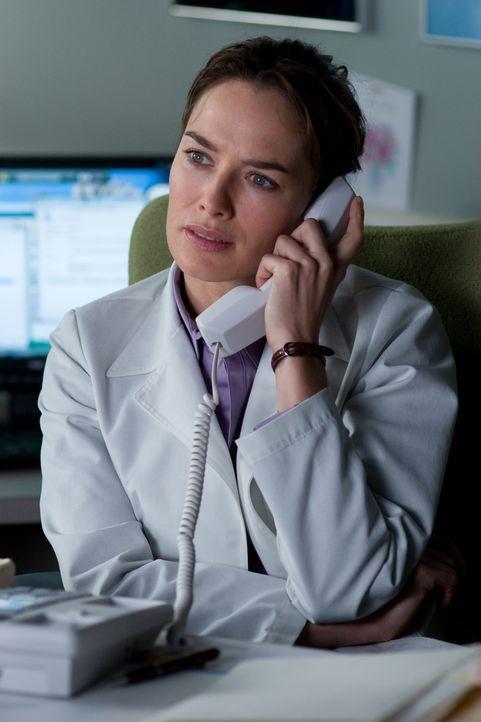 Die Ärztin Elizabeth Clemson (Lena Headey) hat sich in den herzkranken Terry verliebt. Als dieser ein Spenderherz erhält, hofft sie, dass ihre Lie...