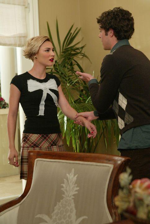 Nachdem Seth (Adam Brody, r.) und sein kleines Versteckspiel aufgeflogen ist, muss er Anna (Samaire Armstrong, l.) einiges erklären ... - Bildquelle: Warner Bros. Television