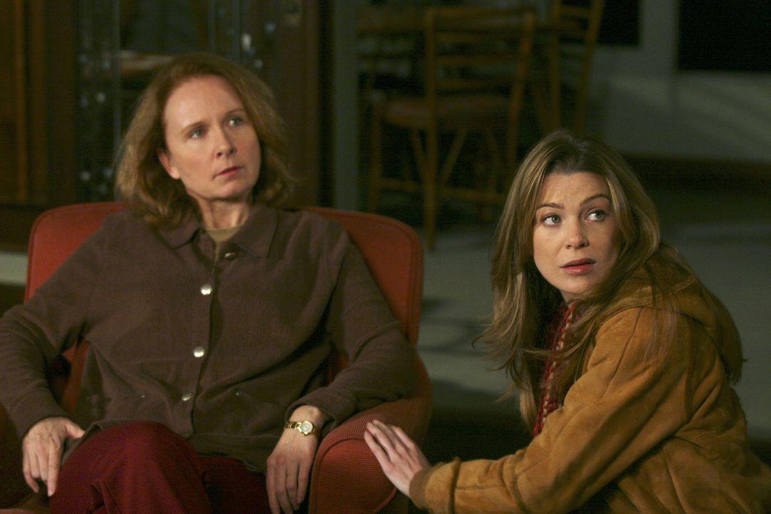Meredith (Ellen Pompeo, r.) macht sich Sorgen, denn ihrer Mutter (Kate Burton, l.) geht es immer schlechter und die Verantwortung für sie zerrt an i... - Bildquelle: Touchstone Television