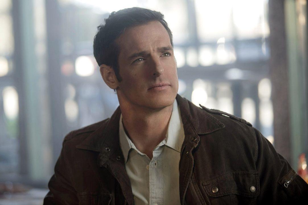 Ist es wirklich Rogers (Jeffrey Pierce) Plan, den Stephen für Jedikiah ausführen soll? - Bildquelle: Warner Bros. Entertainment, Inc
