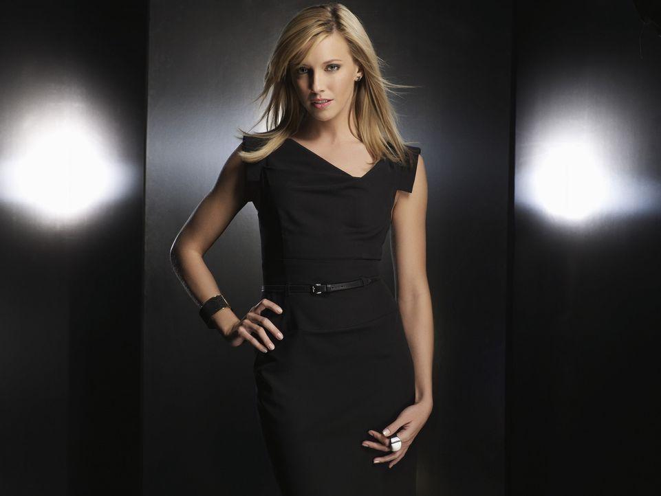 Ella Simms (Katie Cassidy) ist eine Journalistin, die für ihre Karriere über Leichen geht ... - Bildquelle: 2009 The CW Network, LLC. All rights reserved.